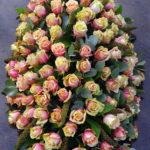 rouwstuk-nr18-ovaal-arrangement-zalm-roos2